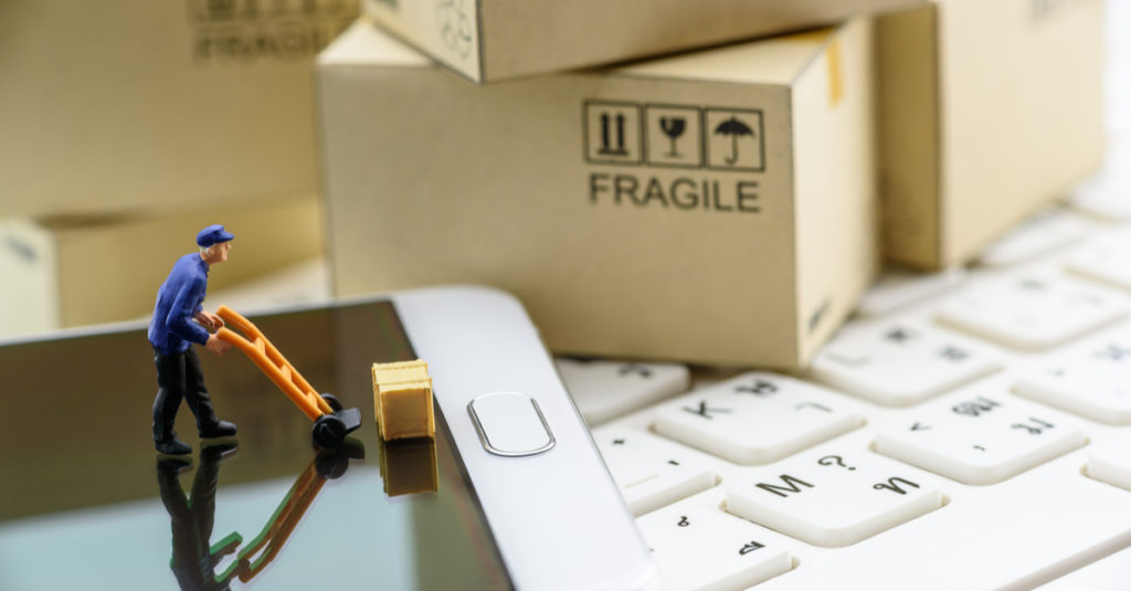 How Hiring an eCommerce Fulfillment Service Helps Your Business Grow?